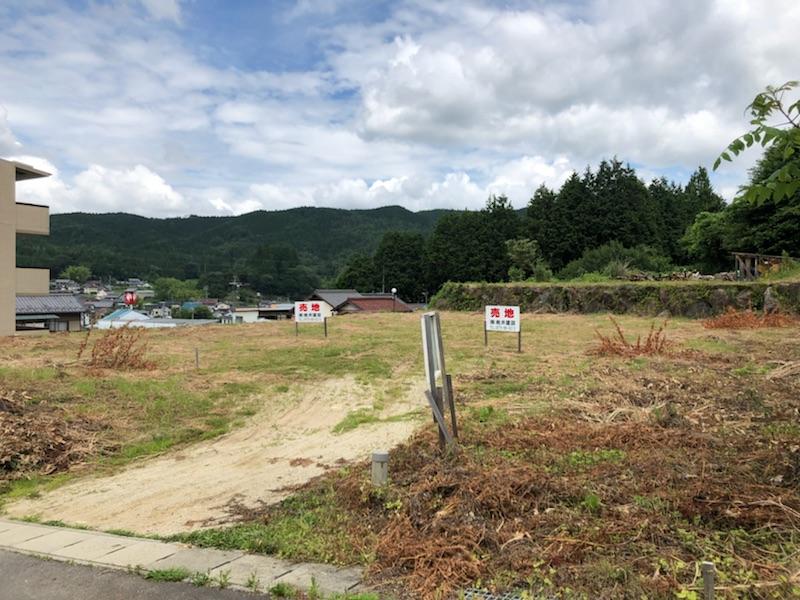 岩村町飯羽間字極楽寺2483-1,2483-2(B)